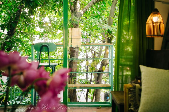 *Ngan Hoa* Hanoi Artistic 2 Bedrooms