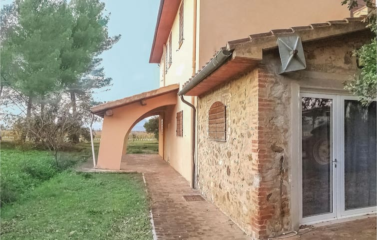 Semi-Detached with 3 bedrooms on 110m² in Vignale Riotorto -LI-