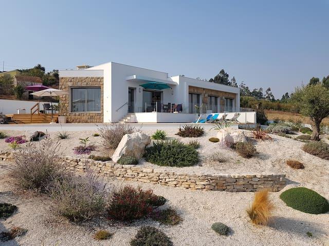 Maison familiale en campagne a 6 km de la mer