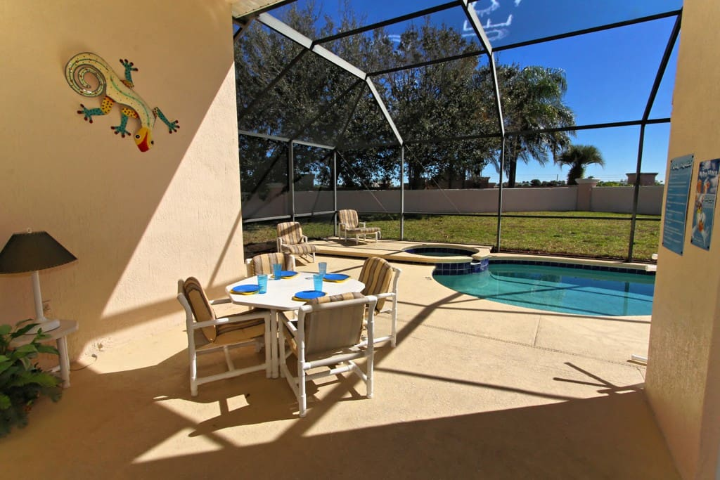 Enjoy the Florida lifestyle by spending an afternoon in the sunny outdoors by the pool. Sit and enjoy breakfast together outdoors, or just relax in the shade of this lanai.