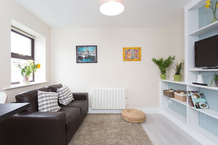 SWEET 1 bed city center apartment