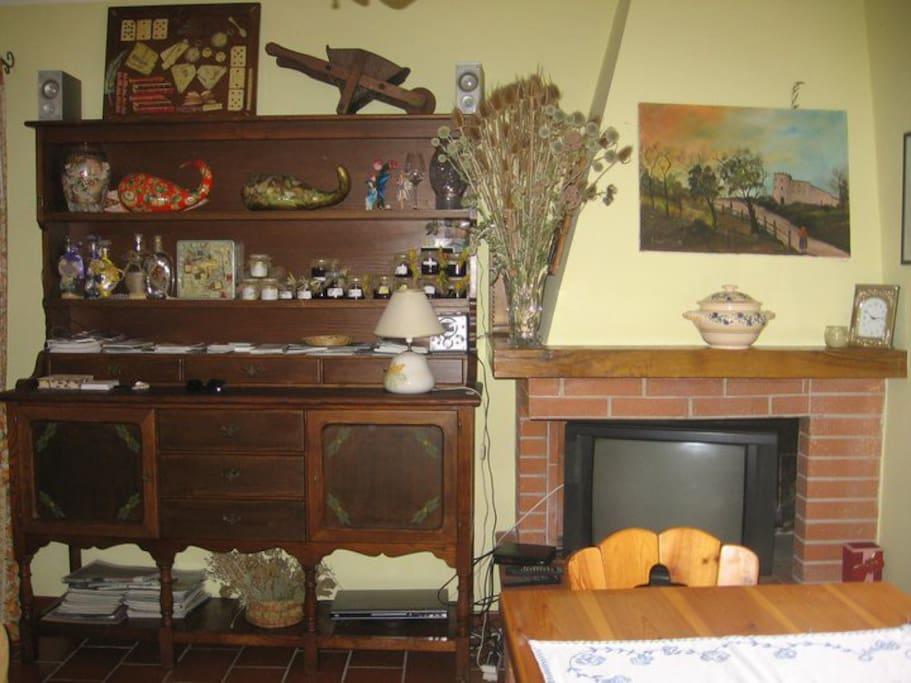 salone e tavola da pranzo