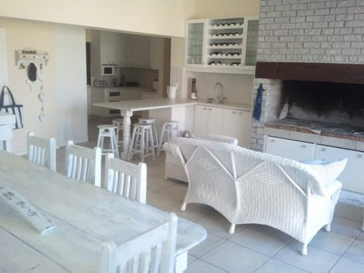 Family Beach house - Franskraal