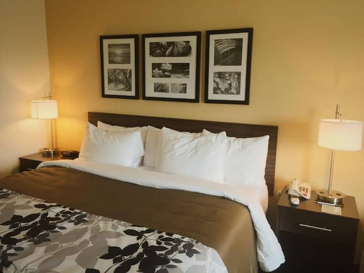 Marvelous Double Bed Non Smoking At Carlsbad