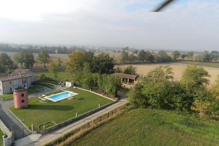 un'oasi nel verde - Gragnano Trebbiense - Dům