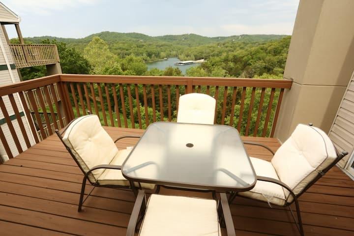 Pool | Hot Tub | Wi-Fi | Top Floor | Lake Views | SDC (061605)