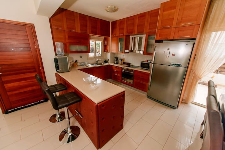 All necessary full-sized appliances including dishwasher and water cooler