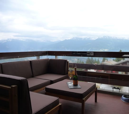 Entire 2-level penthouse in Anzere - Ayent - Apartment