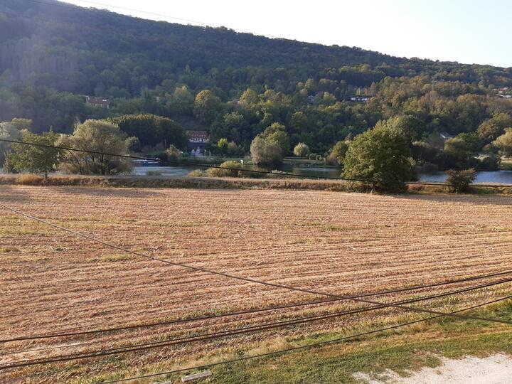 La Malate 5'du C-Ville, véloroute et Doubs à 100m