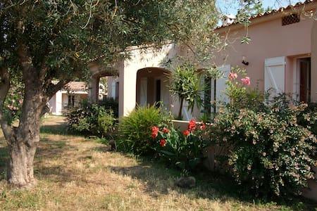 chambre chez l'habitant - Eccica-Suarella - Hus