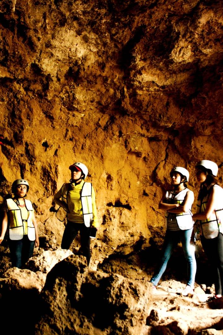 ¿Conoces las cuevas teotihuacanas?