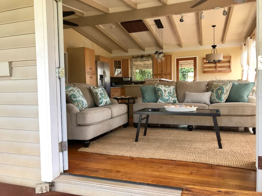 Open floor plan allows for the great trade wind breeze to come through.