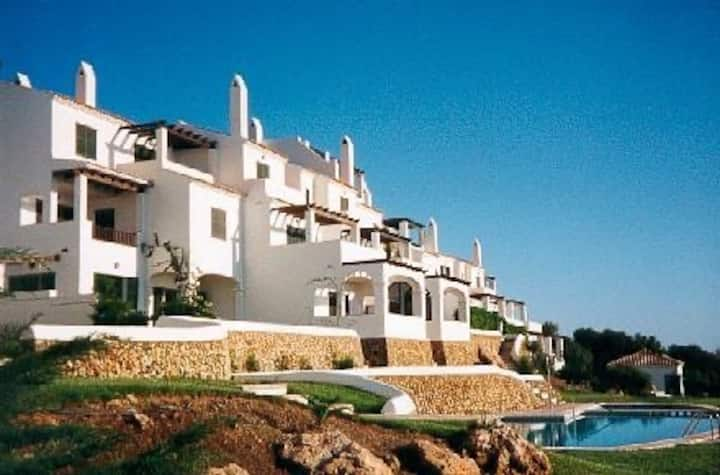 """Vista del Mar""(Sea View) apartment. Pool & garden"