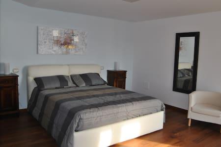 Villa Casarza - Suite Estate - Vasto