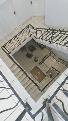Foryer Stairwell