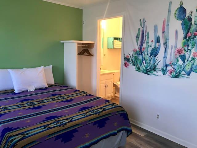 Cactus Queen Kitchenette