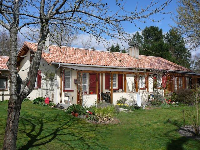 Hausteil mit Garten für 4 Pers.