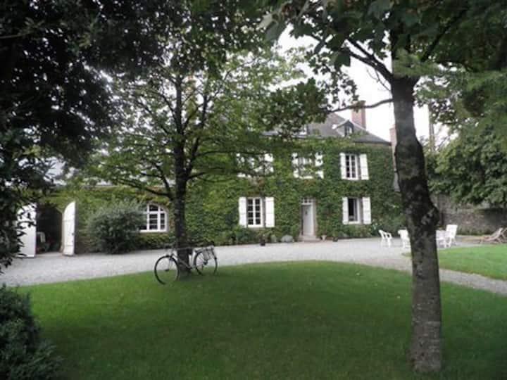 Le Rocher 53600 Châtres la Forêt-Evron
