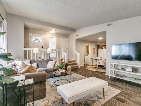Cozy Stay in Central Edmond