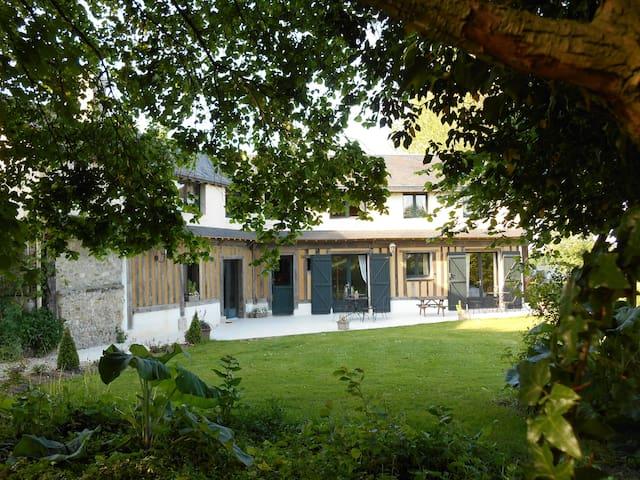 Grande maison de vacances. - Saint-Philbert-des-Champs - House