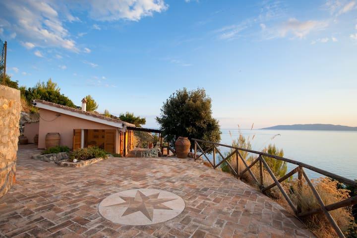 A PICCO SUL GIGLIO - Cala Piccola - House