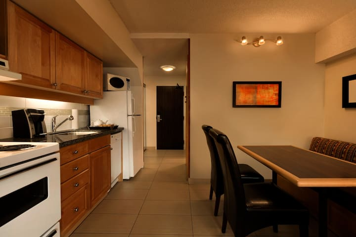 Studio w Full Kitchen in the Whistler Village #1