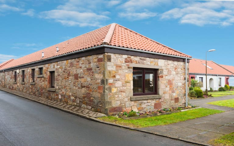 Affordable Luxury in East Lothian - Gullane - Ev