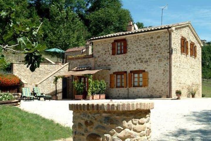 Bellissimo appartamento con piscina - Collazzone frazione Casalalta - Lägenhet