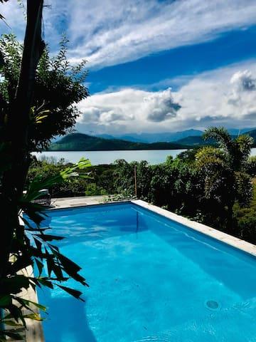 Cap Paradise