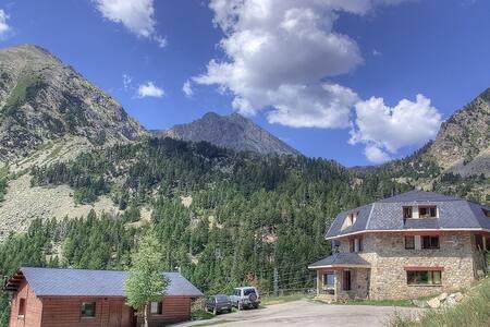 Parc Natural Alta Vall del Ter. Natura i muntanya