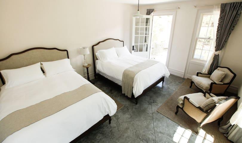 Riverfront Corner Suite