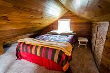 ParkAve Cottage - Adorable & Cozy near River Path!