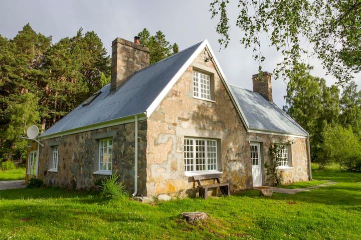 Loch an Eilein Cottage - Highland - Casa