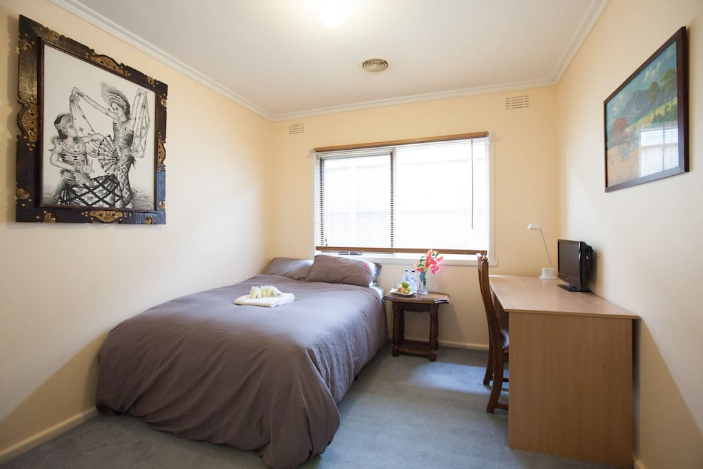 Double Bed with Doona Cover, Pillows, Bath Towel, Hand Towel, Study Desk, Chair and bedside table