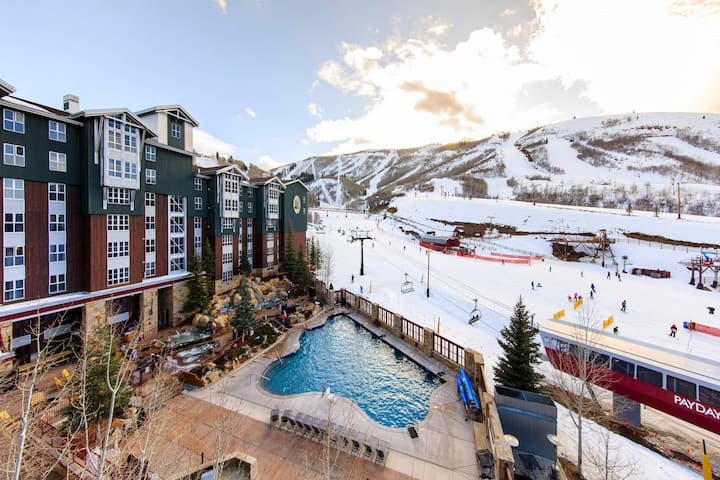 Marriott Mountainside studio ski in/ski out