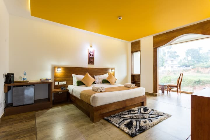 Cinnamon superior room in Wayanad
