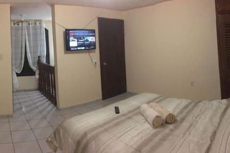 Nuevo y acogedor Departamento entero SmartTV, WiFi