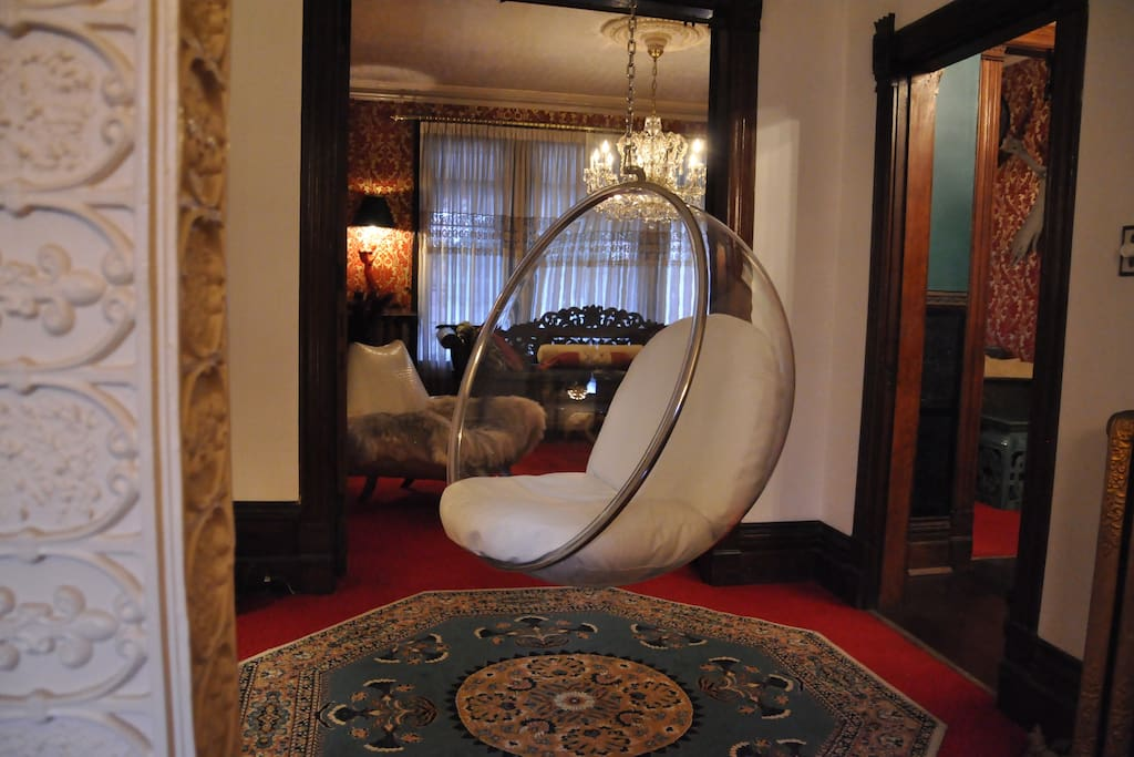 Looking into the drawing room from the shared first floor parlour.