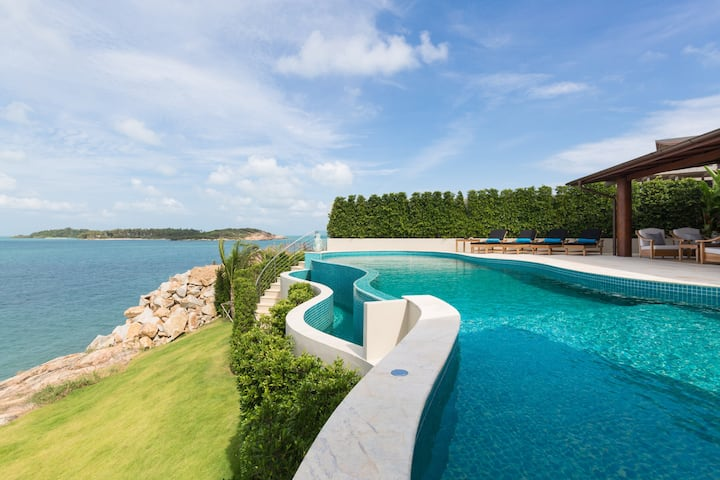 Barefoot Luxury the best private pool sunset villa