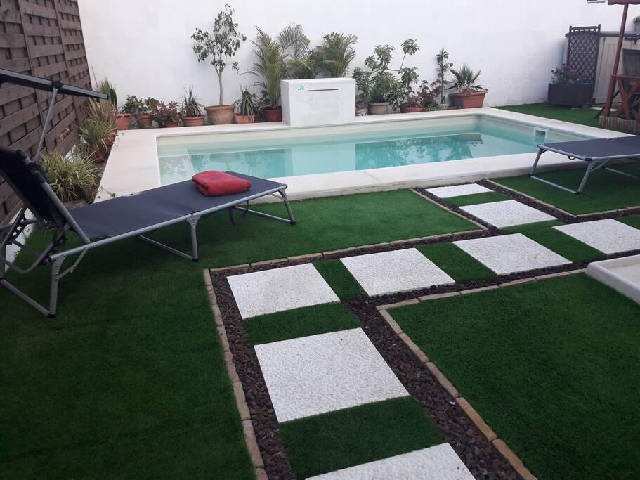 Para los dias de calor, un ratito  en la piscina no viene nada mal!