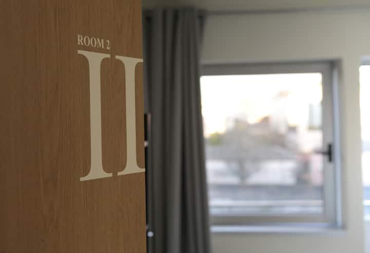 IMPÉRIO ROMANO II / varanda e wc privado