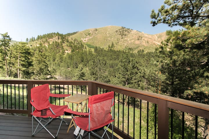 Octavia Mountain View Home