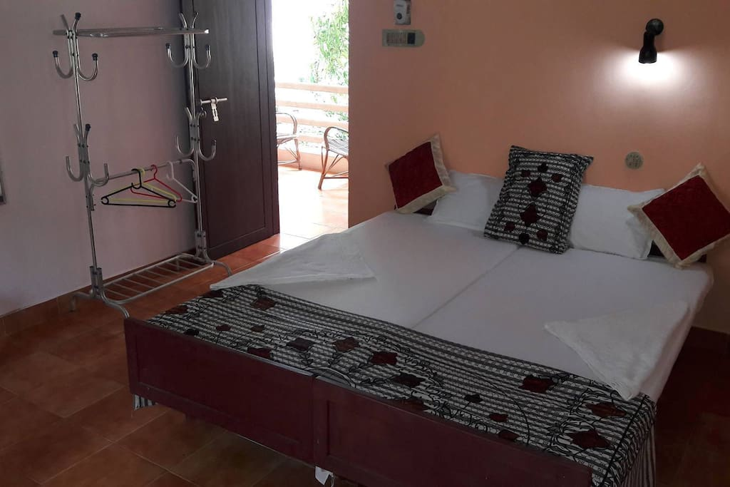 Seabreeze room 207 kovalam kerala india boutique for Best boutique hotels kerala