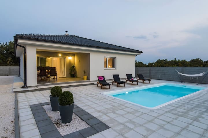 Beautiful villa with private swimming pool, nice covered terrace, play area, BBQ
