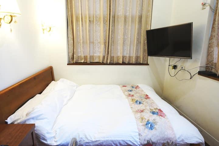 眾悅民宿(Zhongyue)(37)套房可住三人、好事成三,歡迎月租。點擊房東照片看更多舒適房型 !