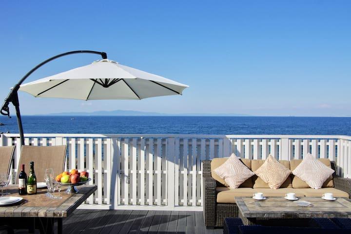 眺望大海的豪华别墅/和歌山黑潮市场海游城市关西机场很近/很大阳台设备烤肉机