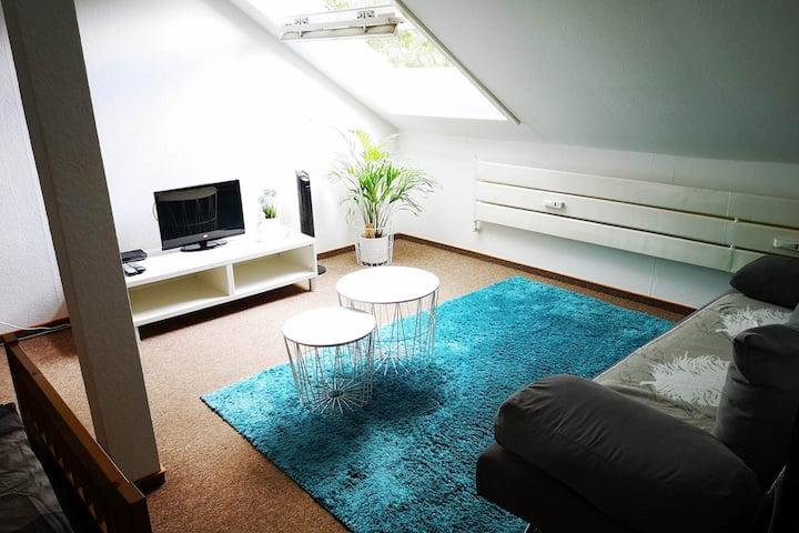 BE02 schönes Studio Apartment in Bedburg-Hau mit gratis W-LAN und privatem Parkplatz
