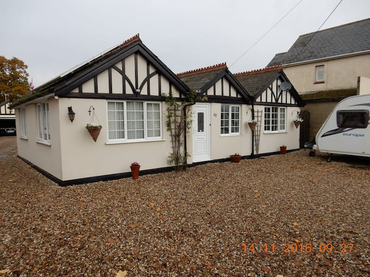 Self contained B&B, Didcot Oxon.