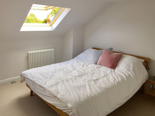 Double room with private shower room in loft space