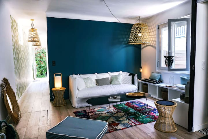 YOUCCA // COCOON Holiday House with lovely patio in Biarritz city center